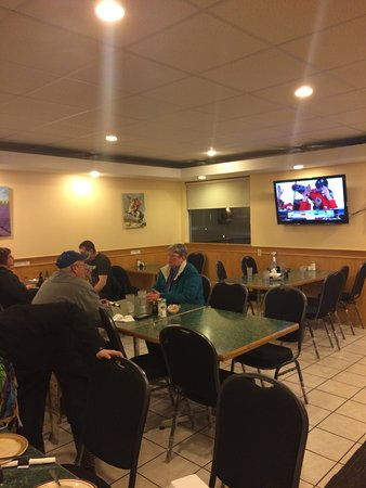 Provost, Kanada: Typical Small town Chinese Restaraunt. Clean many locals eating there.