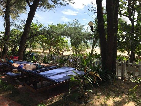 Vinh Suong Seaside Hotel