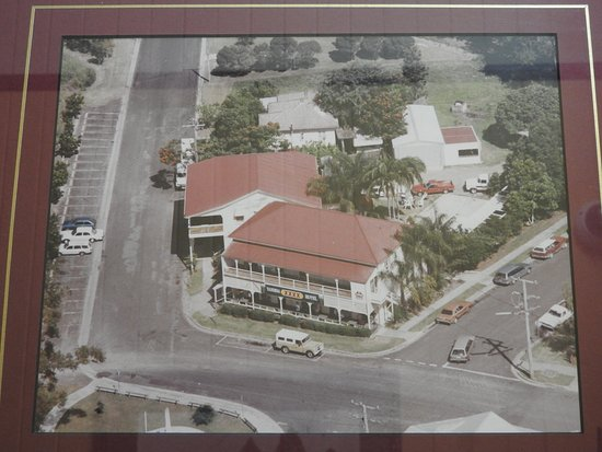 Yandina, ออสเตรเลีย: photo of aerial view,shows bottle dept and heaps of parking...