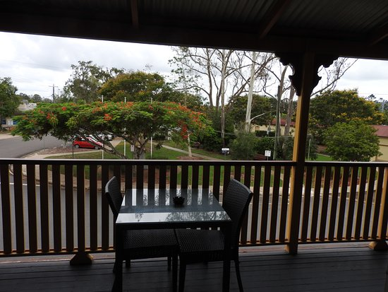 Yandina, ออสเตรเลีย: had double room with ensuite, separate toilet! view from room, doors open onto balcony.