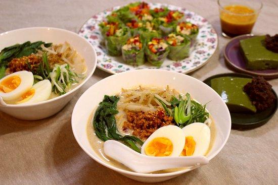 Aiko Sawano Vegetarian & Vegan Cooking Classes