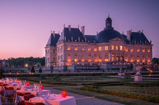 Chateau de Vaux-le-Vicomte Visit by...