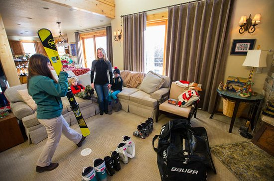 Freeride Ski Rental Package from Park...
