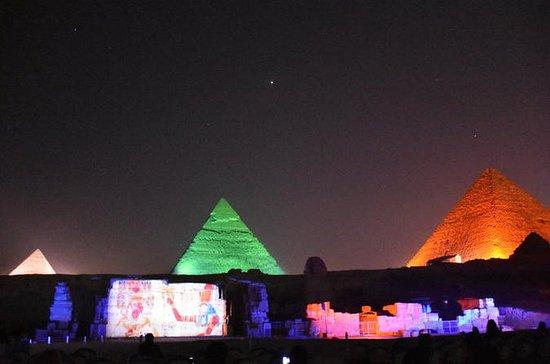 Ton- und Lichtshow an den Pyramiden...
