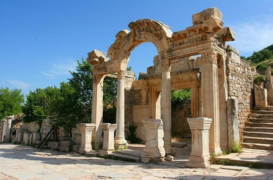 Antiga cidade de Éfeso de Esmirna com...