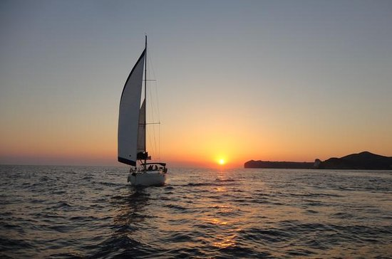 Sunset Caldera Sailing Cruise