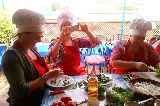 Moroccan Cooking Class in the Medina...