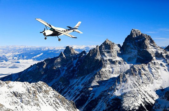 60 Minute Scenic Flight Tour of the...
