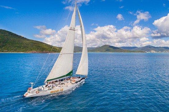 2-Night Whitsundays Sailing Cruise