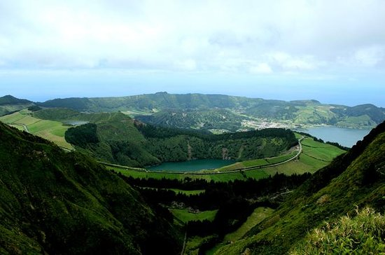 Full-Day 4WD Tour til Sete Cidades...