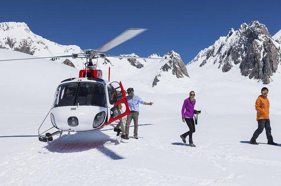 Vôo de Helicóptero sobre o Glaciar...