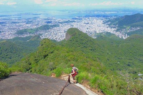 リオデジャネイロのティヅカピークハイキングツアー