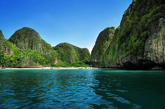 Private Small-Group Tour to Phi Phi ...