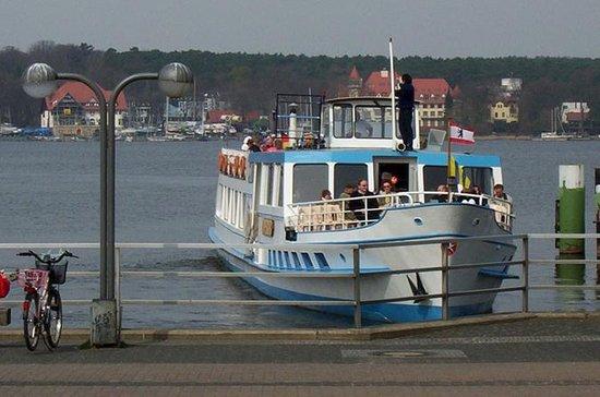 Idyllique Havel Lakes Croisière en bateau à Berlin