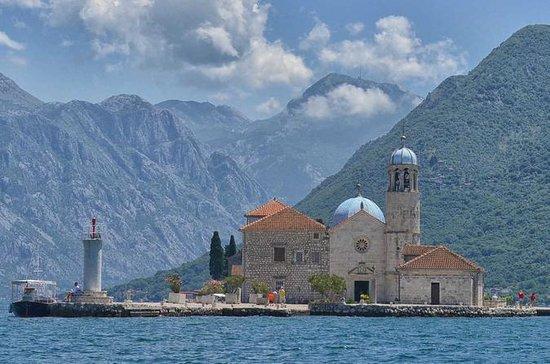 モンテネグロ:ドゥブロヴニクからのPerast、Kotor、Budva一日中…