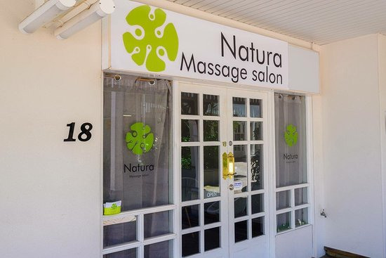 ‪Natura Massage Salon‬