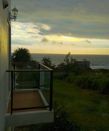 If Ocean B&B : Sunset after rain