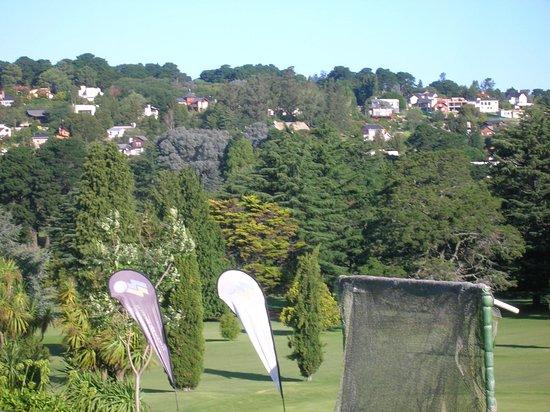 laguna de los padres vista de las casas sobre la serrana tomada desde el sierra