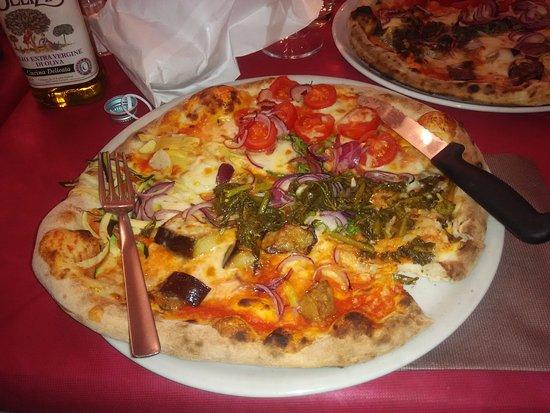 Cambiano, Italy: Pizza