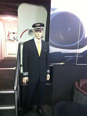 Fly A Jet - Flight Simulator: inside1