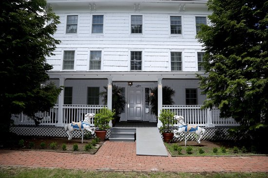 Photo of Old Post House Inn Southampton