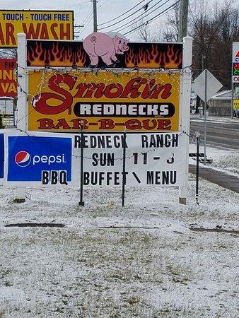 Clarkson, KY: Smokin Rednecks Bar-B-Q