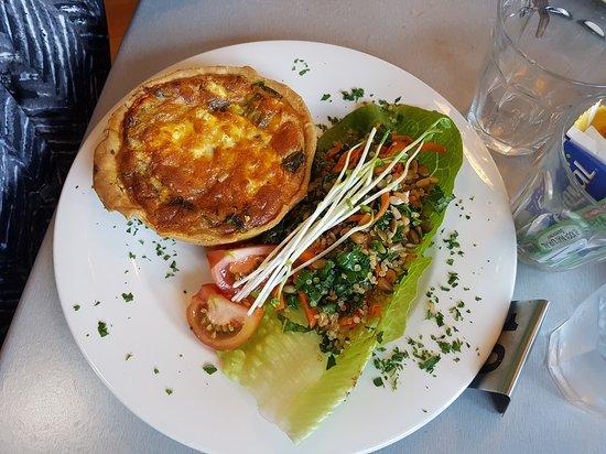 Yarragon, Australia: FUNNY NAME -- But GREAT FOOD