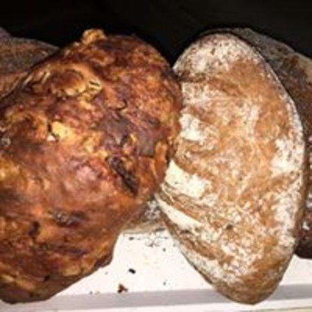 Mapplewell, UK: Home Baked Bread