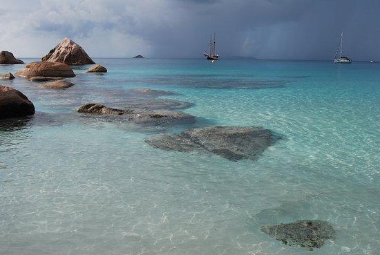 Praslin Island, Seychelles: vue de la crique