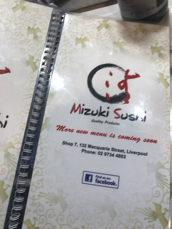 Liverpool, Australia: Delicious sushi all freshly made in front of you and the service is great, we will definitely be