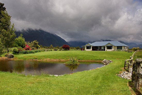 Fox Glacier Mountainview Bed and Breakfast Photo