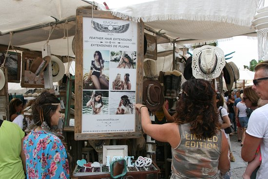 Las Dalias Hippy Market Photo