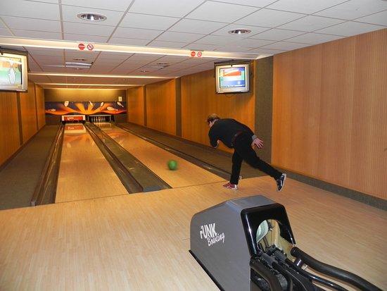 Floreal La Roche: 2 bowlingbanen