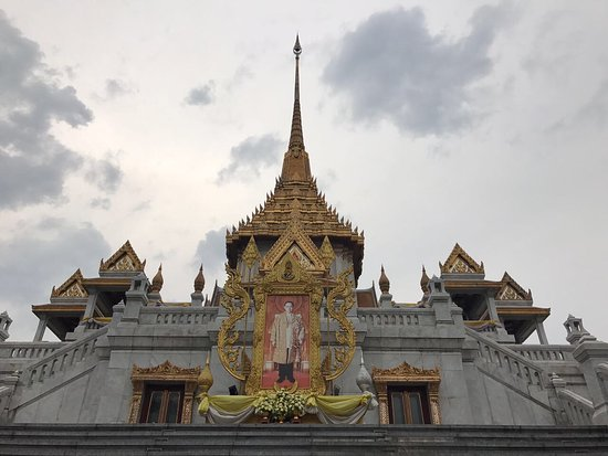 photo1.jpg - Picture of Temple of the Golden Buddha (Wat ...