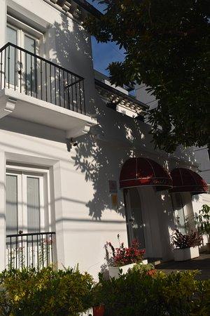 Hostal de la Rabida: hotel front