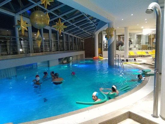 Piscina interna zona ospiti foto di hotel terme preistoriche montegrotto terme tripadvisor - Montegrotto terme piscina ...