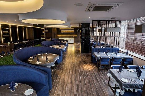 The La Familia, Surat - Restaurant Bewertungen, Telefonnummer ...