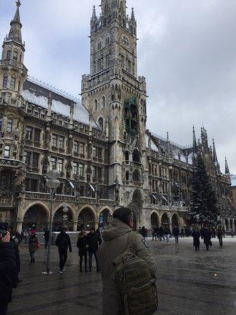 Glockenspiel im Rathausturm: photo0.jpg
