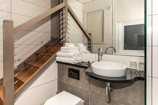 Drakes Hotel Brighton These Beautiful Split Level Bathrooms Can Be Found In Our City