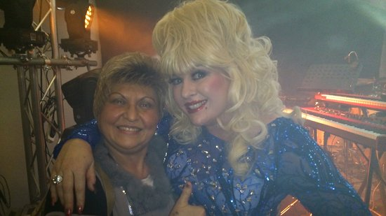 Varnamo, Suecia: Great. Show. Dolly. Parton