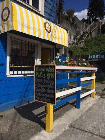 Enjundia Puerto Varas - Empanadas fritas