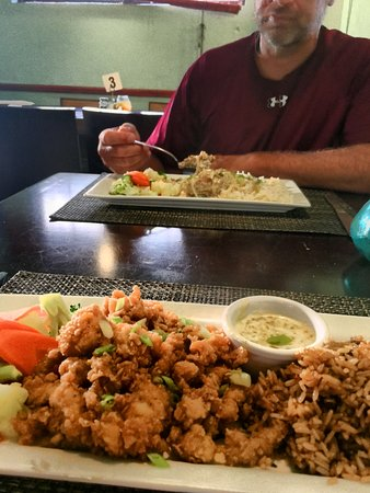 Daddy Joes: Cracked Conch, Beans and Rice, Grouper....