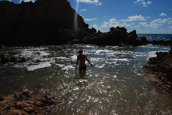 La piscine naturelle picture of toiny coast st for Piscine naturel
