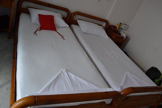 Maritsa's Bay Hotel: pokoj