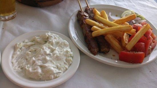 Maritsa's Bay Hotel: večeře