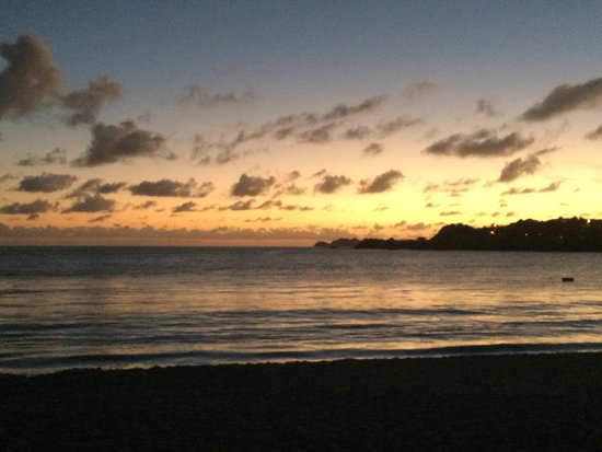 Island Beachcomber Hotel: photo1.jpg