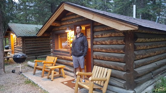 Silver Gate Cabins: Cute little cabins and pet friendly