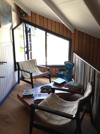 Kau Patagonia: Nice lambskin chairs