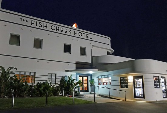 parmie picture of fish creek hotel motel fish creek. Black Bedroom Furniture Sets. Home Design Ideas
