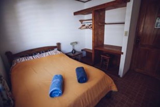 Spanish by the River-Boquete: Room with queen bed
